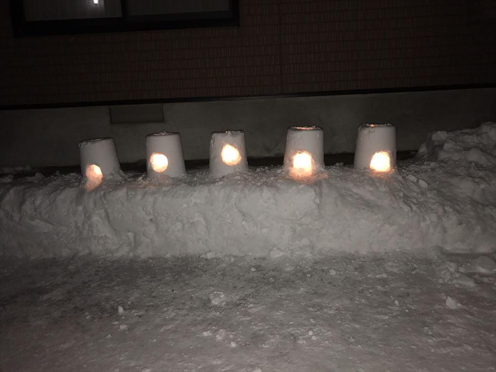 雪ランタン画像